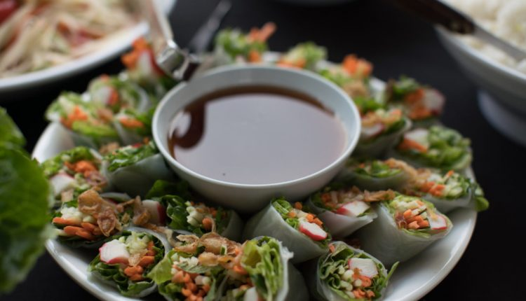Six tips to follow when looking for the best catering services for your event